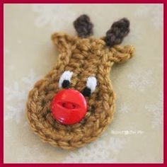 Crochet Reindeer Applique Pattern - Repeat Crafter Me , thanks so for share xox… Crochet Christmas Decorations, Crochet Ornaments, Christmas Crochet Patterns, Holiday Crochet, Crochet Crafts, Crochet Projects, Christmas Flowers, Christmas Stocking, Christmas Christmas