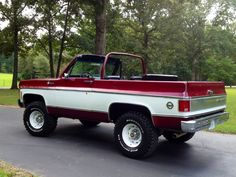 1975 Chevy K5 Blazer - the final year of the full convertible Blazers.