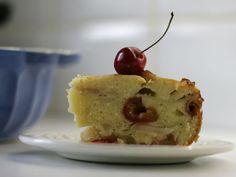 Черешнево-грушевый кекс