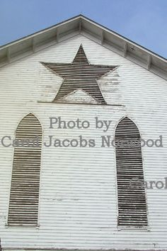 The famous, historic Star Barn in Lebanon County, PA.  Photo by Carol Jacobs Norwood.