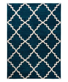 This durable rug withstands the wear-and-tear of a high traffic area in your home for long-lasting style.