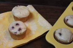 These gluten free lemon blueberry muffins are so good that no one will know that they are gluten free.
