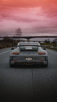 Porsche Iphone Wallpaper, Jdm Wallpaper, Porsche 911 S, Street Racing Cars, Top Luxury Cars, Unique Cars, Top Cars, Car Engine, Sexy Cars