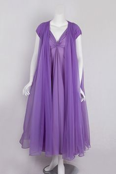 1950s Lucie Ann nightgown and peignoir set via Vintage Textile