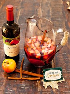 Autumn Apple Sangria {with Cinnamon & Apple Cider} // Hostess with the Mostess® I love a good sangria at any time of year, but when it comes to fall celebrations like Thanksgiving or fall bridal showers, it's the perfect excuse to use Apple Cider Sangria, Cider Cocktails, Fall Recipes, New Recipes, Recipies, Favorite Recipes, Cheers, Holiday Sangria, Sangria Cocktail
