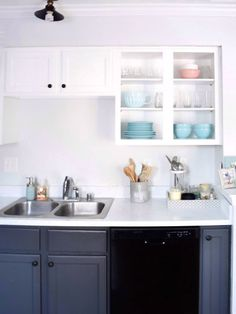 Find out how milk paint is the best cabinet paint for DIY kitchen makeovers. Easy and quick application with no brush strokes left behind. Painting Kitchen Countertops, Painting Kitchen Cabinets White, Kitchen Cabinets Pictures, Diy Kitchen Cabinets, Granite Countertop, Best Kitchen Cabinet Paint, Kitchen Cabinet Design, Kitchen Designs, Best Paint For Kitchen
