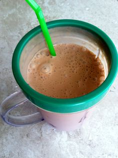 Low Carb Layla: Chocolate Raspberry Shake #lowcarb