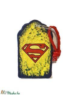 Superman fa sötétben fluoreszkáló kulcstartó ajándék superman rajongóknak  (Biborvarazs) - Meska.hu dc525c4f0c
