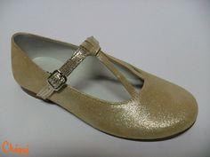 Pepito Puntini Dorado - zapato comunión niña. Hecho en España Disponible desde el n.º 29 al 37. Pedidos a: info@calzadoschiqui.net