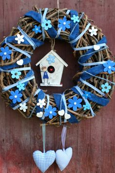 Baby Boy Shower, Baby Shower Gifts, Baby Gifts, Crafts To Make, Crafts For Kids, Diy Crafts, Cross Wreath, Diy Upcycling, Easter Cross