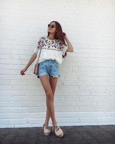 Boyfriend distressed jeans? cream short sleeved blouse, with choker, chunky blush shoes and round sunglasses
