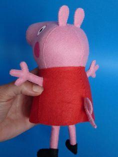 Utilize o molde Peppa Pig de feltro em 3D que estamos disponibilizando nesta matéria para fazer uma peça para a sua criança. Dicas para ...