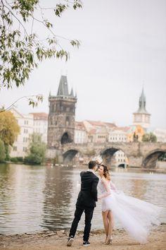 Prague pre-wedding photography. Wedding phtographer in Prague love story in Prague, Czech Republic