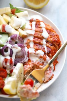 EASY GRILLED BUFFALO CHICKEN SALAD WITH CREAMY BLUE CHEESE DRESSING