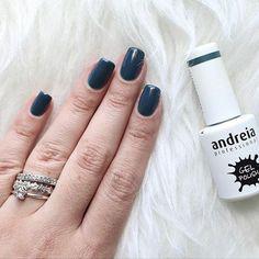 That color suits you perfectly @anaritaod. ♥ Shade 232, Gel Polish.  #AndreiaProfessional #GelPolish #NailPolishAddict