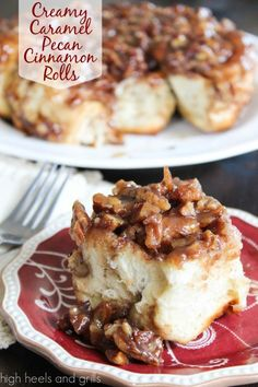 Creamy Caramel Pecan Cinnamon Rolls. #easy #breakfast #recipe http://www.highheelsandgrills.com/2014/01/creamy-caramel-pecan-cinnamon-rolls.html