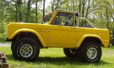 Would LOVE to have this 1966 ford bronco!