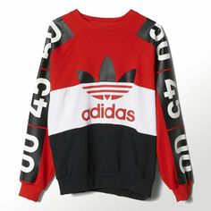 Topshop and adidas Originals are a perfect match for capturing the fashion/sportswear vibe that's ru Hoodie Sweatshirts, Sports Sweatshirts, Addidas Shirts, Adidas Originals, Topshop, Camisa Polo, Adidas Outfit, Mode Vintage, Mode Outfits
