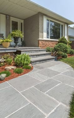 New house front landscaping entrance walkways ideas Front Walkway Landscaping, Front Yard Walkway, Front Yard Garden Design, Modern Landscaping, Landscaping Ideas, Yard Design, Front Yards, Plant Design, Front Porch