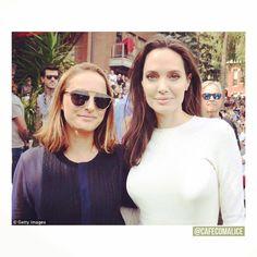 """55 curtidas, 3 comentários - Café com Alice (@cafecomalice) no Instagram: """"Natalie Portman e Angelina holos juntas no Telluride Film Festival 2017.  Eu não sei o que dizer,…"""""""