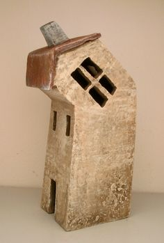 Crooked house by Vesna Gusman.