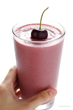 Cherry Pie Smoothie -- full of protein, easy to make, and it tastes like the pie that inspired it! | gimmesomeoven.com