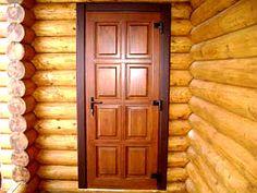 Одними из важнейших свойств, которые должны присутствовать у входных дверей в дачный дом, являются высокая прочность и хорошая ударная сопротивляемость. Как раз таким требованиям отвечают деревянные конструкции. Кроме этого, они обладают хорошей звуко- и теплоизоляцией.
