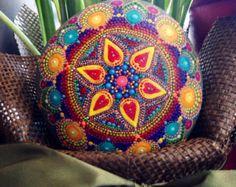Mandala Stone groot van KimberlyVallee op Etsy