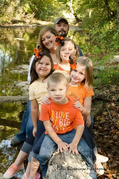 Fall family SIBLINGS HIS BLESSINGS PHOTOGRAPHY. would love to use this example, for doing all the grandkids with us