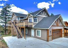 Family sleepovers are fun at this Big Bear 6 bedroom home that sleeps Enjoy the private sledding hill with the kids right out the door! Big Bear Cabin, Big Bear Lake, Sledding Hill, Pool Table, Sky High, Lake View, Home Look, Renting A House, Shed