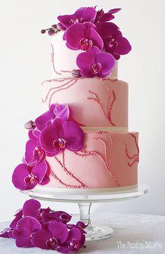 Pantone Color 2014 Radiant Orchid Purple Pink Wedding Cake by The Pastry Studio Daytona Beach FL Orchid Wedding Cake, Purple Wedding Cakes, Amazing Wedding Cakes, Amazing Cakes, Gorgeous Cakes, Pretty Cakes, Beautiful Gorgeous, Fondant Wedding Cakes, Gateaux Cake