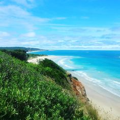 Hiking down the great ocean road and surf spot finding #backpacking #greatoceanroad #travel #surfspot #surf #australia #beach #thisisthelife #summer by talesoftheworld
