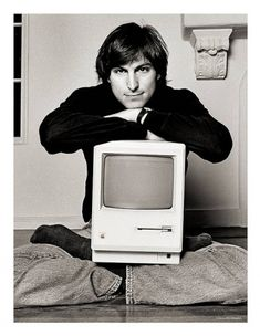 The Story Behind this Iconic Steve Jobs Photo...