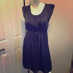 """⏰ FLASH SALE  OLD NAVY Black Dress OLD NAVY Women's Black Dress Silk Feel Lined Size XS X Small   All measurements are laid flat.  Armpit to armpit- 19"""" Waist- 16.5"""" has drawstring to make smaller  Length- 36""""  Please follow, new items listed all the time. Thanks Old Navy Dresses Midi"""