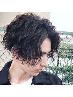 Best Medium Hairstyles For Men Perm Hair Men, Wavy Hair Men, Men Perm, Boys Long Hairstyles, Permed Hairstyles, Cool Hairstyles, Short Permed Hair, Wavey Hair, Medium Hair Styles