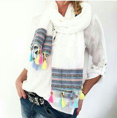 Boho Hippie Style Schal jetzt neu im Shop auf www.vintage-fashion-design.de