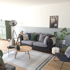 Onze woonkamer! Veel vintage, love it! #interior #interiør #interieur #interior123 #home123 #homedetails #interiorwarrior #ilovemyinterior #vintage #home_and_living #ssevjen #casachicks #housedoctor #kwantum #leenbakker #interieurdesign #interiordesign #interieurstyling #mystyle