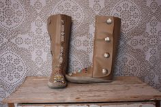 Vintage Taos Tan Leather Moccasin Boots with Seed Bead Design 8 / 8.5 by pursuingandie, $120.00
