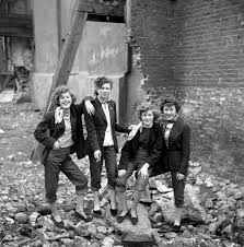 London Teddy Girl Gang - shot by a young Ken Russell