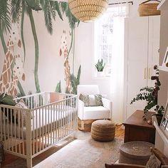 Outstanding Kids Jungle Room Design Ideas To Creative Explorer Jungle Baby Room, Jungle Theme Nursery, Baby Nursery Decor, Baby Bedroom, Baby Boy Rooms, Nursery Neutral, Baby Decor, Nursery Room, Kids Bedroom