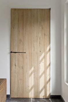 In love with T&G doors.