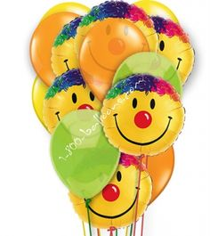 Smile you did it graduate! Send that special graduate a graduation balloon bouquet. This graduation gift will not go overlooked Smiles and more smiles that will show them how happy you are for their achievements. From 1-800-Balloons.com