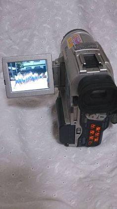 ソニー デジタルビデオカメラ SONY Handycam DCR-PC100 中古_画像2