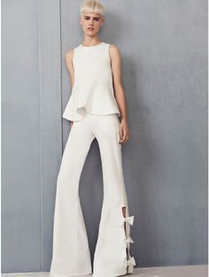 https://www.shopsplash.com/media/catalog/product/cache/1/image/680x900/9df78eab33525d08d6e5fb8d27136e95/a/l/alexis-clothing-alexander-flared-pant-bow-detail-white-adria-peplum-top-2017-collection-1.jpg