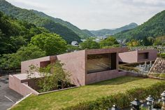 David Chipperfield . Cemetery chapel and visitor centre . Inagawa  (2)