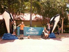 Sea World in Orlando, Florida Comprehension Strategies, Reading Strategies, Reading Skills, Reading Comprehension, Reading Pictures, Writing Pictures, Picture Writing Prompts, Drawing Conclusions, Bell Ringers