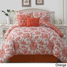 Dress your bed in charming florals with the lovely VCNY Jordin Reversible Quilt Set. The quilt features an allover floral print in bold orange on a crisp white ground, and it reverses to a second floral print in coordinating white and orange hues. Orange Bedding, Stylish Beds, Bed In A Bag, Victoria, Quilt Sets, My New Room, Comforter Sets, Bed Spreads, Comforters