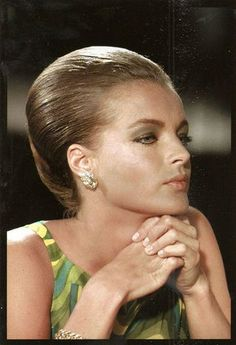 Romy Schneider, Delon's fiancee for 5 years.  in La Piscine She has lovely lips.