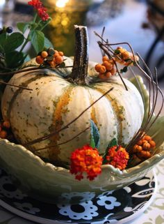 White Pumpkin Setting...
