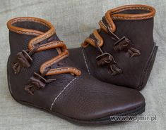 bury wikinskie: Viking Boots, Polish maker/ vendor.